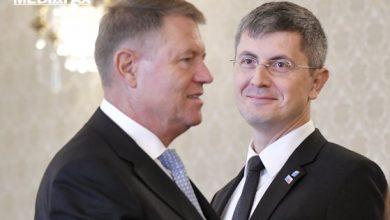 Photo of Iohannis și Barna s-au întâlnit la Sibiu pentru a discuta scenariile crizei politice