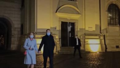 Photo of VIDEO  Soții Iohannis participă la slujba de Înviere, la Sibiu