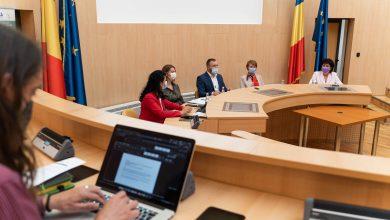 Photo of Pacienții Spitalului de Pediatrie Sibiu, Spitalului Orășenesc Cisnădie și ai Clinicii Misan Med pot uita și ei de dosarele cu șină