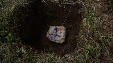 Photo of ÎPS Laurențiu Streza a pus piatra de temelie pentru o nouă biserică din Săsăuș