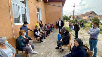 Photo of Caravana vaccinării a ajuns în Micăsasa. Vicepremierul Dan Barna, prezent în comună