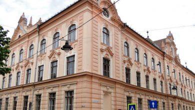 """Photo of S-au afișat notele la BAC-ul de toamnă. Colegiile """"Brukenthal"""" și """"Lazăr"""" au rată de promovare de 100%"""