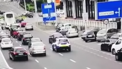 Photo of VIDEO  Polițiștii, pe urmele unui șofer disperat să fugă. Sfidare ori inconștiență în trafic?
