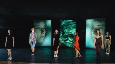 """Photo of """"AICI"""" – despre geografii ale libertății, în cel mai recent performance în premieră la TNRS"""