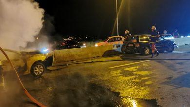 Photo of Accident cu trei mașini pe DN1, la Veștem. Două dintre ele au luat foc
