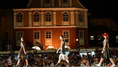 Photo of Sibiul devine capitala mondială a modei. Începe Feeric Fashion Week!