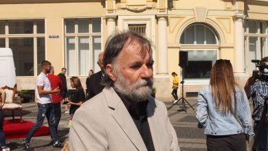 """Photo of Deák Árpád, sculptorul care a realizat statuia lui Brukenthal: """"A fost un stres pozitiv!"""""""