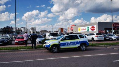 Photo of Bilanțul scandalului din parcarea de la Mall: un copil înjunghiat, trei adulți răniți, opt persoane reținute