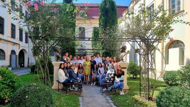 Photo of Unde și-a dus Carmen Iohannis elevii în a treia zi de școală