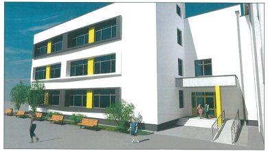"""Photo of Se pregătește extinderea Liceului """"Onisifor Ghibu"""".La Școala """"Regele Ferdinand"""" a început construcția noului corp și a sălii de sport"""