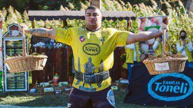 """Photo of Cei mai puternici oameni din lume s-au """"luptat"""" la Sibiu. Românul Robert Topîrceanu, un nou record mondial, la Strongman Champions League"""